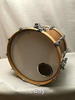 SUPER RARE! Vintage 1980s Yamaha Tour 8000 20 x14 Bass Drum in Real Wood