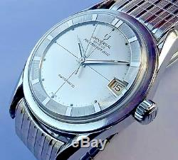 Universal Geneve Polerouter Date Super Compresor RARE Vintage watch