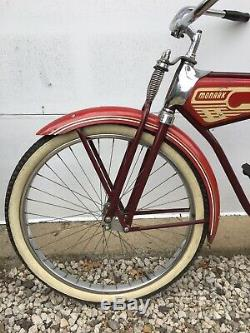 Vintage Monark Super Deluxe Bicycle 26 Mens. Great Condition. Very Rare